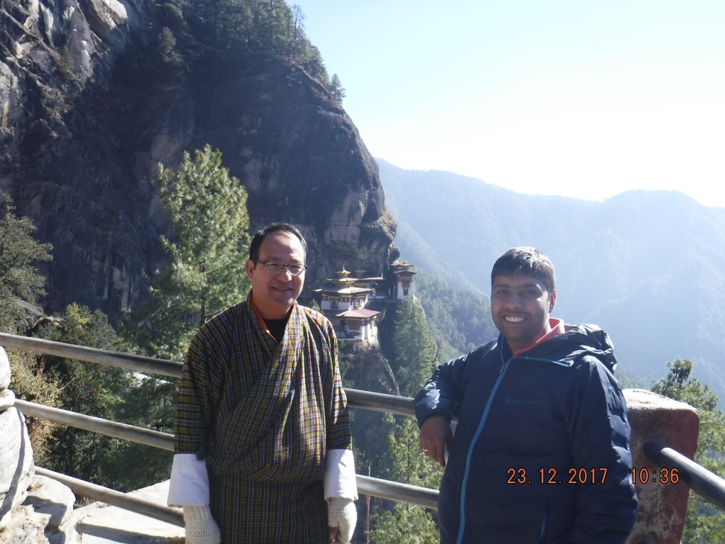 Climbing up the Tiger's Nest monastery with Chimmi