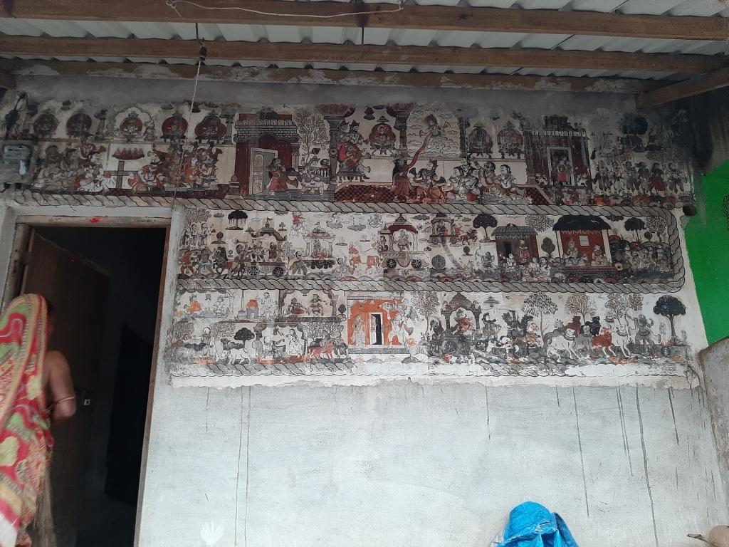 Amazing wall paintings in the heritage Raghurajpur village of Orissa