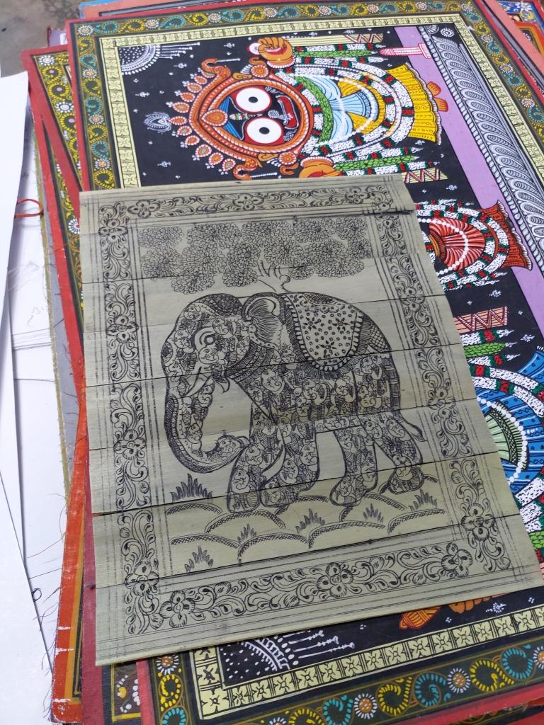 Folding elephant palm leaf engraved painting