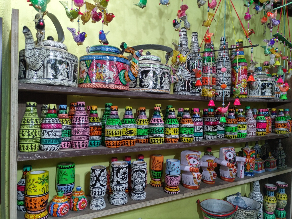 Colorful paper mache and oil painted home decor items at Raghurajpur heritage village, Orissa